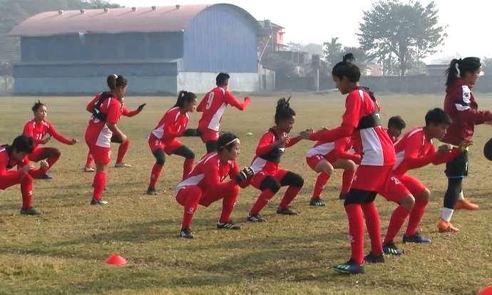 महिला फुटबलको अन्तिम तयारीका लागि नेपाली टोली झापामा