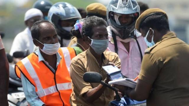 भारतमा काेराेना संक्रमितकाे संख्या १ लाख ६५ हजार नाघ्याे