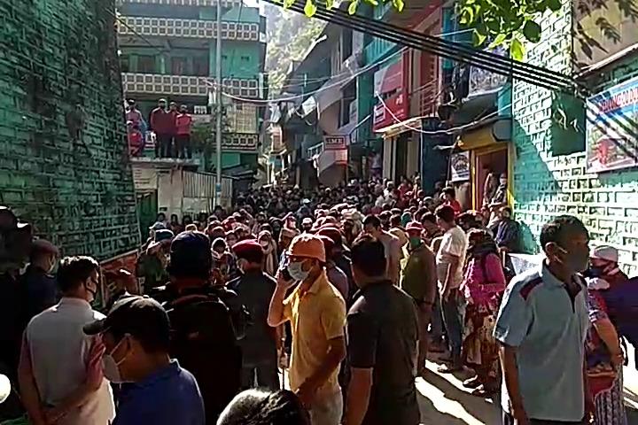 भारतको धारचुलामा अलपत्र परेका नेपाली स्वादेश भित्रिए